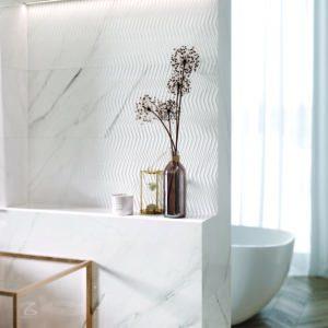 Carrara Chic Weiss Glä. 30×90 cm